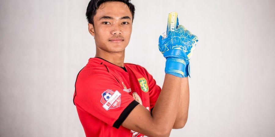 Pelatih Persebaya Berikan  Alasan Ernando Dipanggil Timnas Indonesia