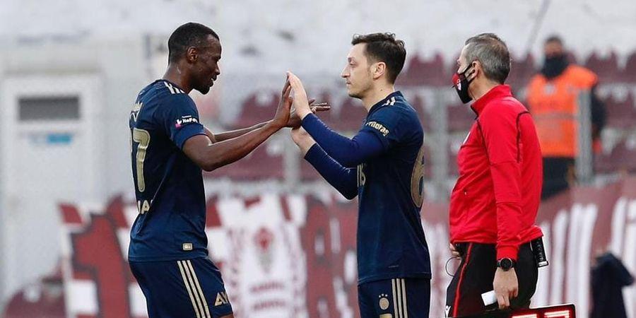 Debut di Fenerbahce, Mesut Oezil Dapat Banyak Ucapan Selamat