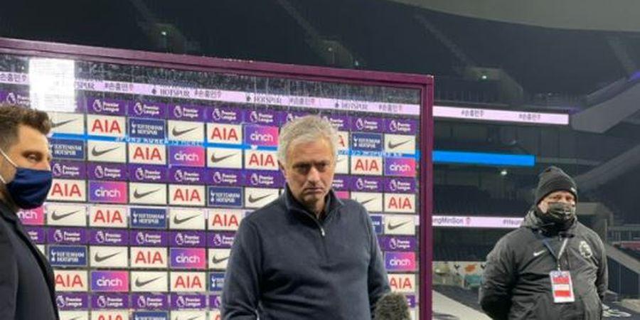 Kiper Tim Papan Degradasi Ini Siap Pindah Ditengah Ketertarikan Tottenham Hotspur