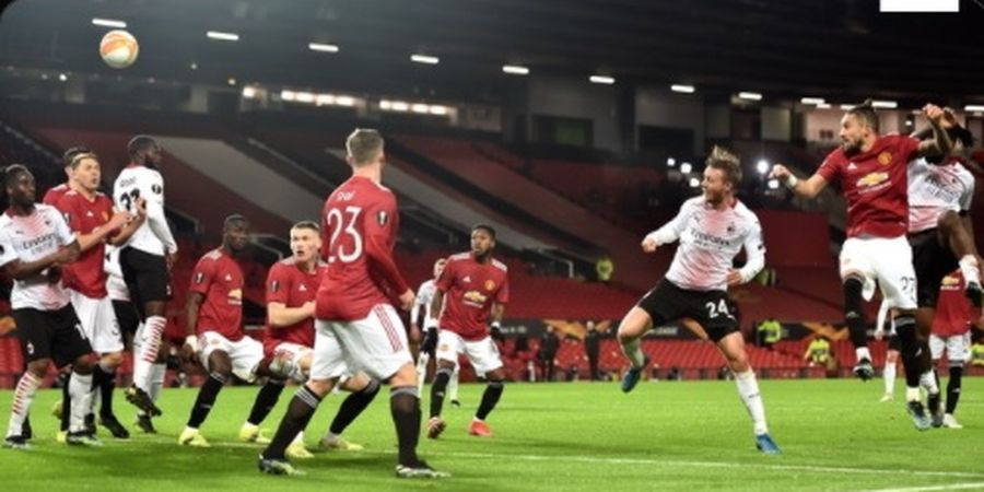 Man United Kebobolan di Menit Akhir, Solskjaer Kritik Dean Henderson