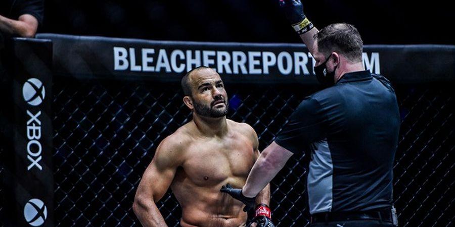 Mantan Juara UFC Berpotensi Jadi Lawan Comeback Oscar De La Hoya