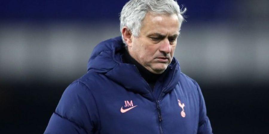 Pecat Jose Mourinho Sebelum Final Piala Liga Inggris, Spurs Buang Peluang Juara?