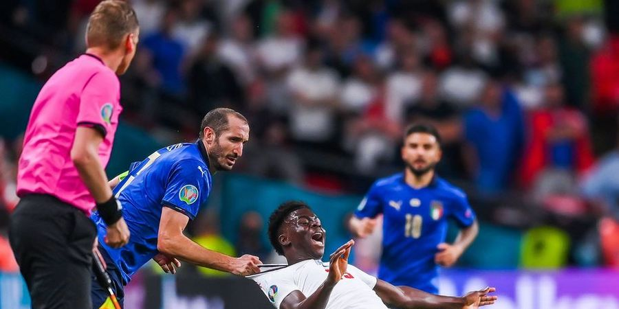 Ucapkan Kata Sial untuk Lawan, Giorgio Chiellini Bikin Bukayo Saka Gagal Penalti di Final EURO 2020