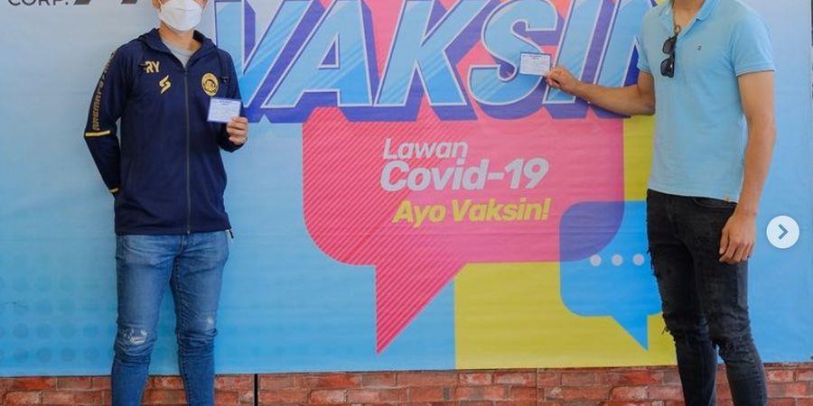Dua Pemain Asing Arema FC Jalani Vaksinasi Covid-19 di Indonesia