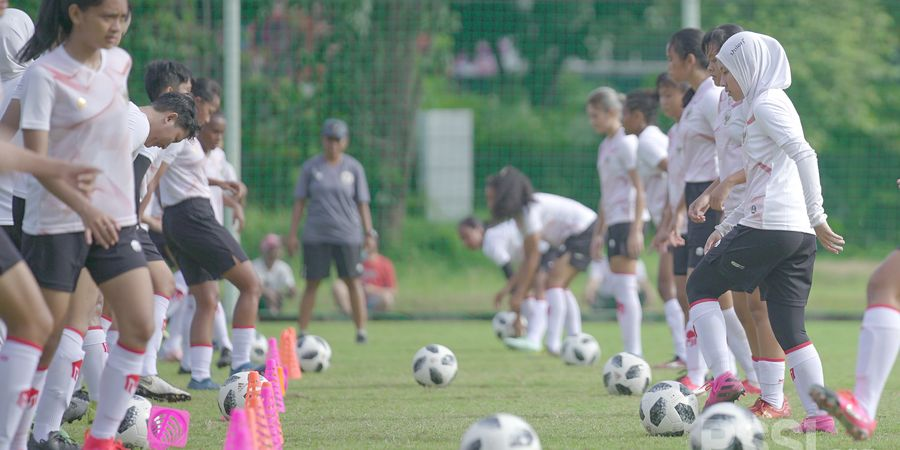 Uji Coba, Timnas Wanita Indonesia Kalahkan Arema FC 4-0