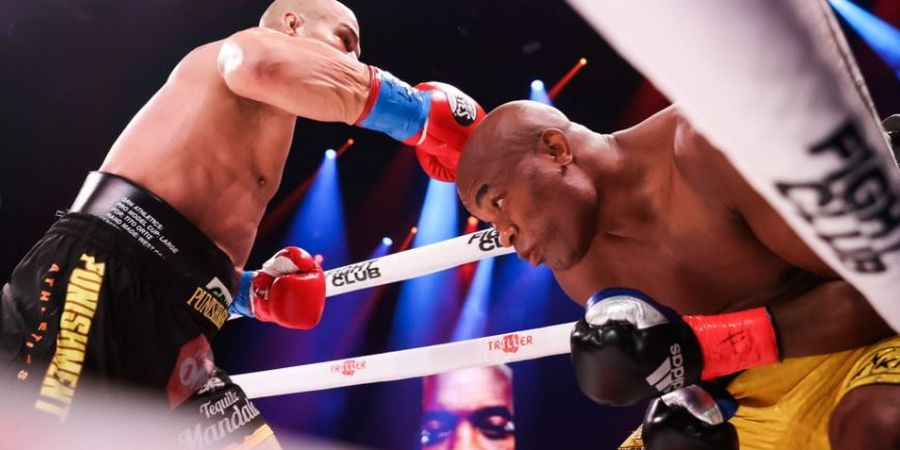 Dibuat KO Sampai Pingsan, Begini Reaksi Kebangkitan Legenda UFC