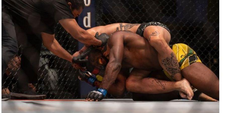 Hasil Lengkap UFC Vegas 37 - Superman Sampai Tercekik Tak Berdaya di Ronde Pertama