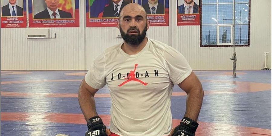 UFC 266 - Aksi Jagoan Dagestan yang Diminta Khabib Pensiun untuk Urus Anak