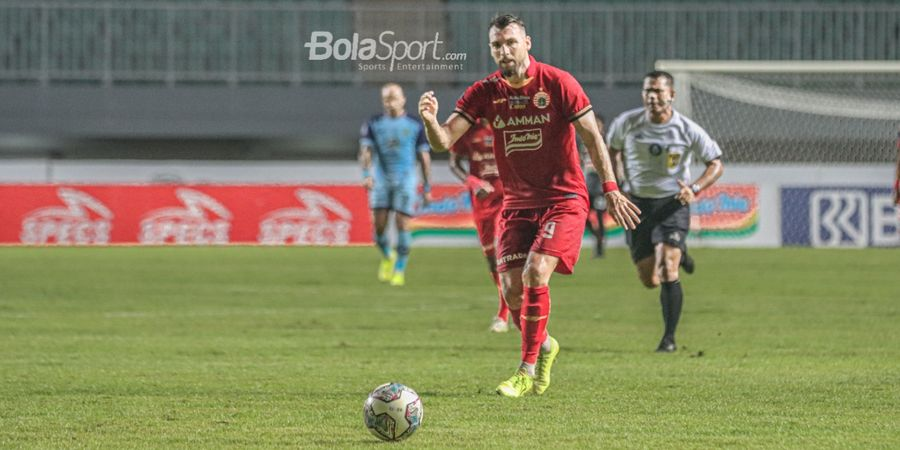 Gol Indah Marko Simic Bawa Persija Unggul atas Madura United di Babak Pertama