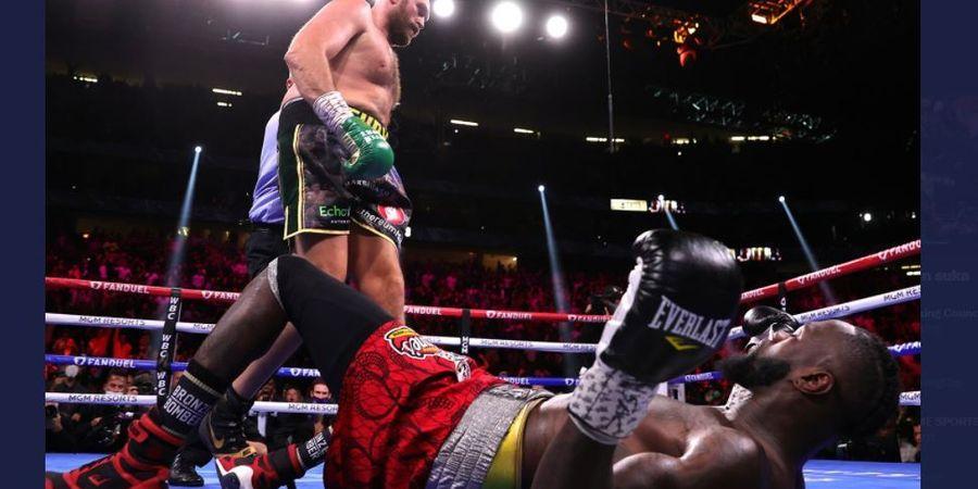 Conor McGregor Terpukau Duel Sengit Tyson Fury vs Deontay Wilder