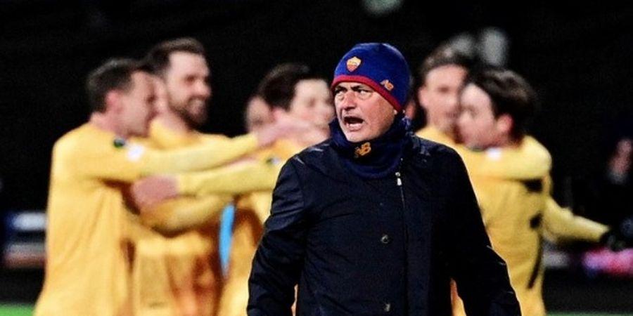 Jose Mourinho Lempar Pemainnya ke Kolong Bus, Suporter AS Roma: Mending Kebobolan 6 gol dari Man United!