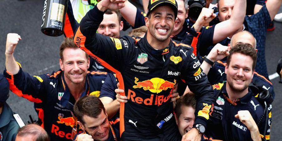 Tim Red Bull Racing Beri Peringatan kepada Lewis Hamilton dan Sebastian Vettel