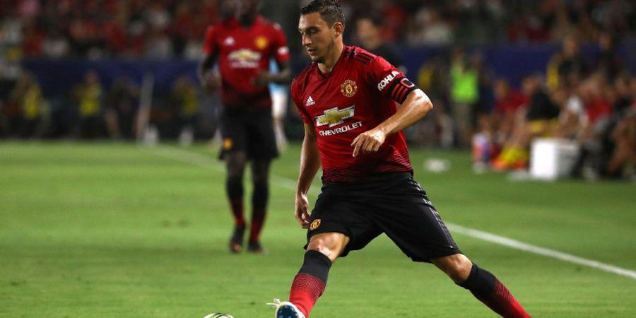 Manchester United Enggan Lepaskan Matteo Darmian