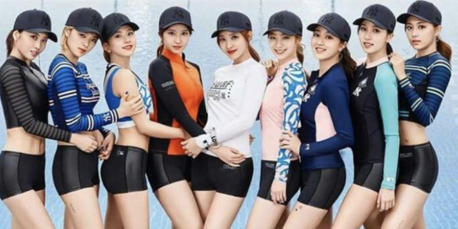 Pakaian Renang Stylish dan Nyaman ala Girlband Korea, Twice