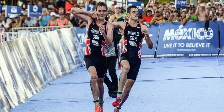 Atlet Ini Bantu Saudaranya yang Kelelahan untuk Selesaikan Lomba