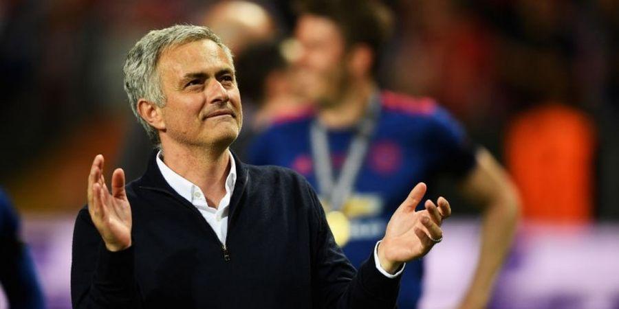Manchester United, Liga Europa, dan Rp1,5 Triliun