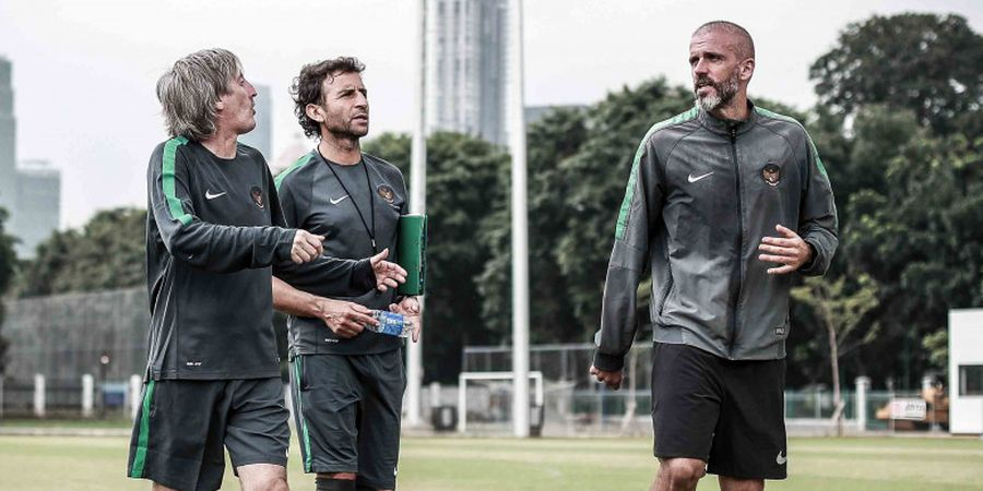 Bersama Xavi, Eks Asisten Luis Milla di Timnas Indonesia Bawa Timnya Juara Liga Qatar