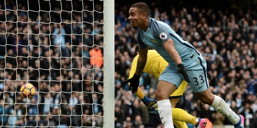 Gabriel Jesus Cetak 2 Gol, Man City Salip Arsenal