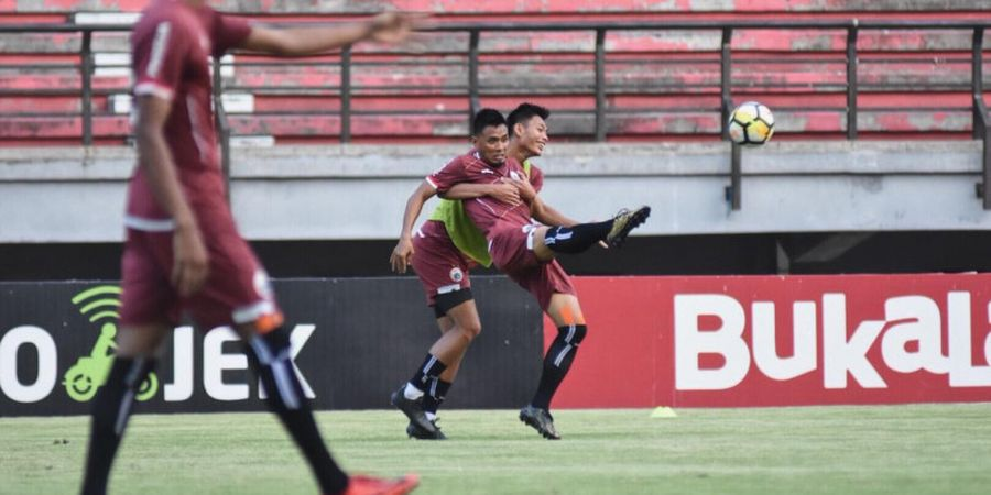 Jacksen F Tiago dan Simon McMenemy Jadi Kandidat Pelatih Persija?