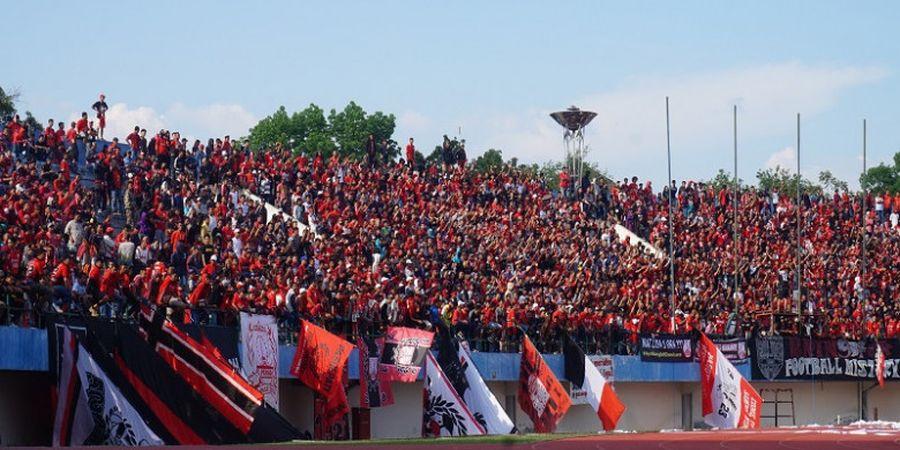Pasoepati Kritik PSSI soal Stadion Patriot yang Tergenang Air