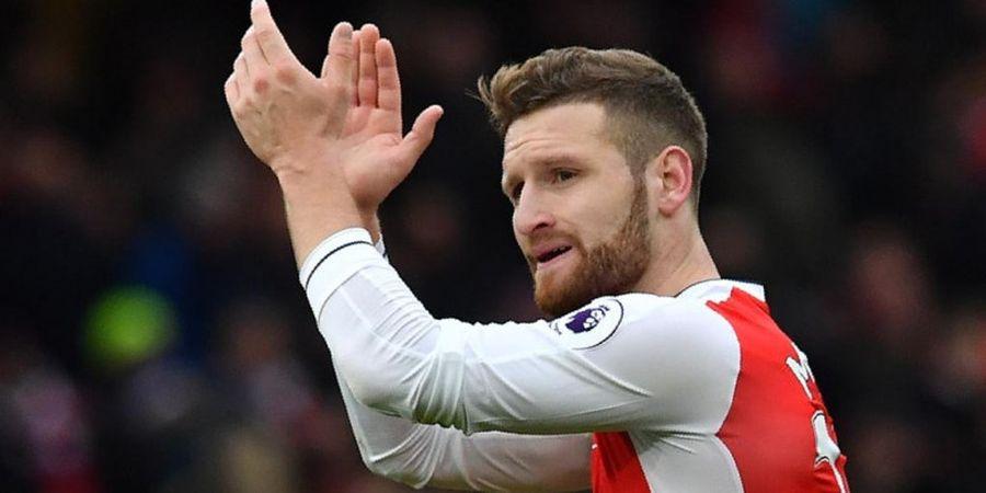 Dijuluki Raja Blunder oleh Legenda Arsenal, Ini Tanggapan Mustafi