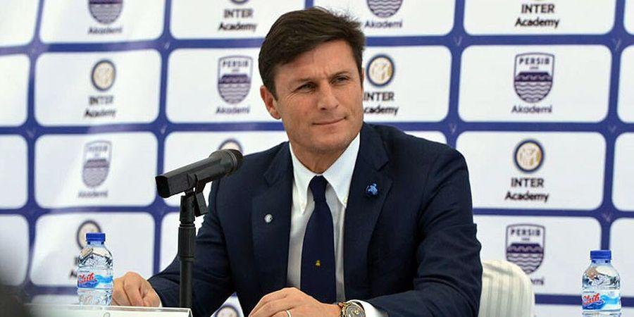 Kartu Merah Bek Lazio Selamatkan Rekor Menakjubkan Javier Zanetti