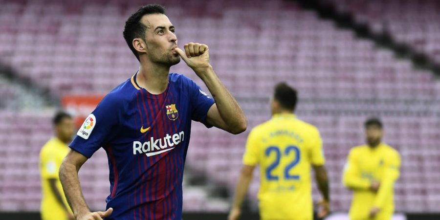 Barcelona Naikkan Gaji Sergio Busquets Musim Ini