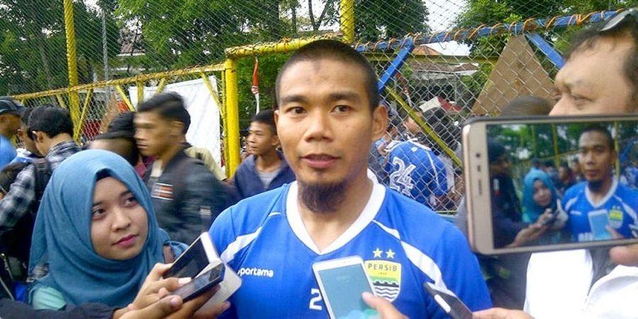 Pelatih Persib Bandung Enggan Komentari Hijrahnya Wildansyah ke Borneo FC