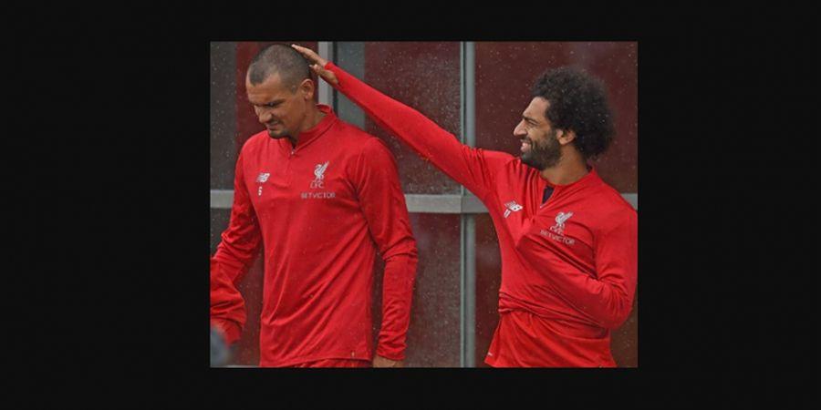 VIDEO - Dikolongi 3 kali, Lovren Jadi Bahan Tertawaan Pemain Liverpool