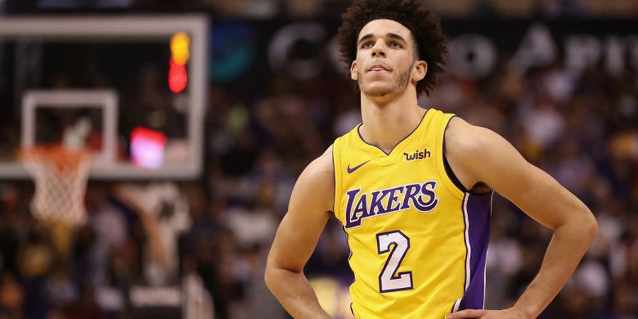 Lonzo Ball Cetak Triple-Double, Lakers Benamkan Nuggets