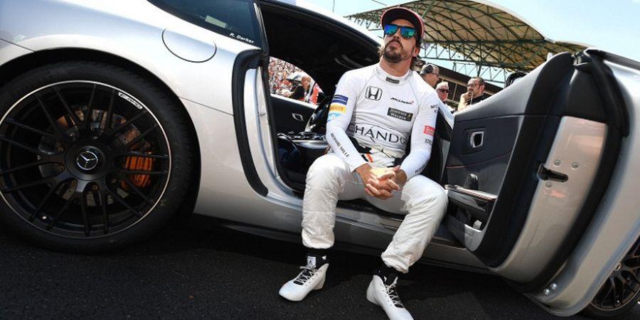 McLaren Akan Berusaha Keras Pertahankan Alonso
