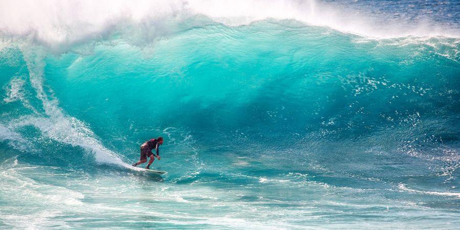 5 Fakta Seputar Surfing, Olahraga Air yang Menantang Adrenalin