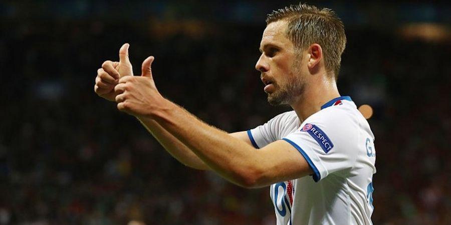 Diincar Banyak Klub, Gylfi Sigurdsson Berpeluang Bertahan di Swansea