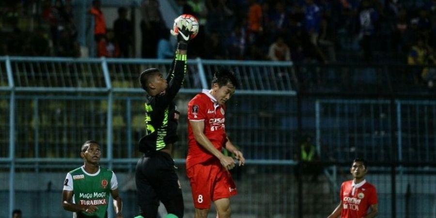 Sempat Jadi Rebutan Persebaya dan Arema FC, Ini Keputusan Akhir Teguh Amiruddin