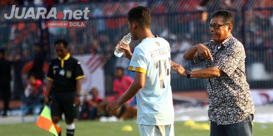 Perjudian Sukses Pelatih Persela dengan Sang 'Marquee Player'