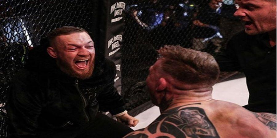 Begini Cara Conor McGregor Minta Maaf Setelah Berulah di Bellator 187