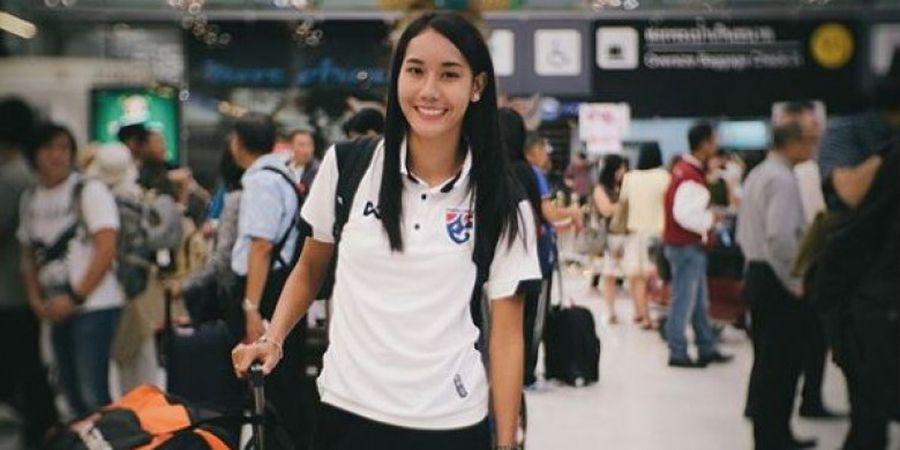 6 Potret Pesona Kecantikan Striker Timnas Wanita Thailand Ini akan Menjebol Pertahanan Hatimu