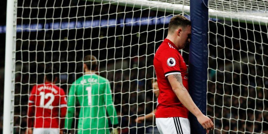 Phil Jones Jadi Bulan-bulanan Jose Mourinho Usai Kekalahan Manchester United