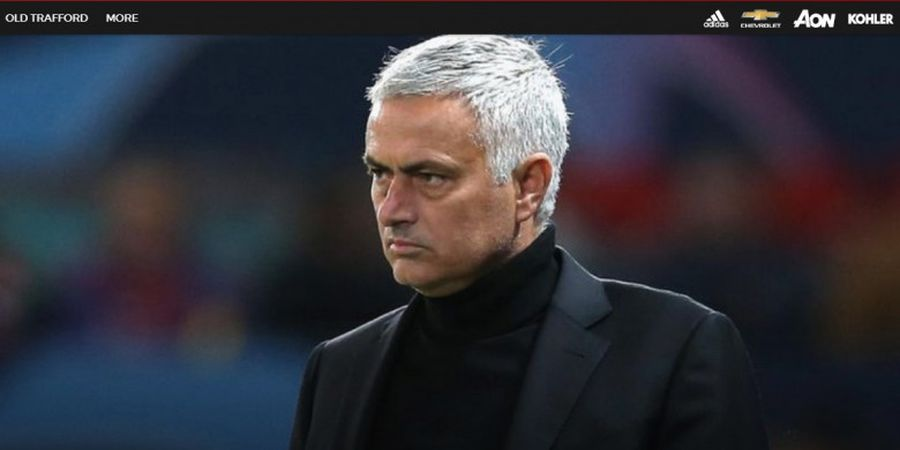 Liverpool Vs Manchester United - Melihat Andy Robertson, Jose Mourinho Lelah