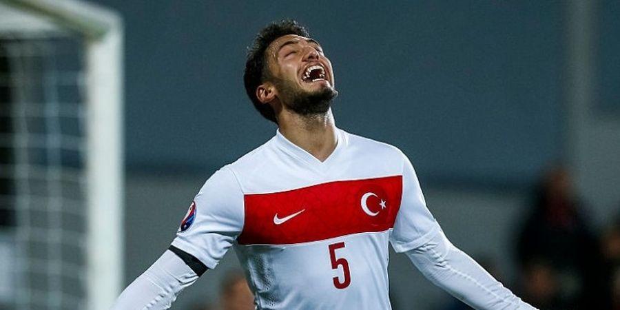 Gelandang Leverkusen Diskors Empat Bulan