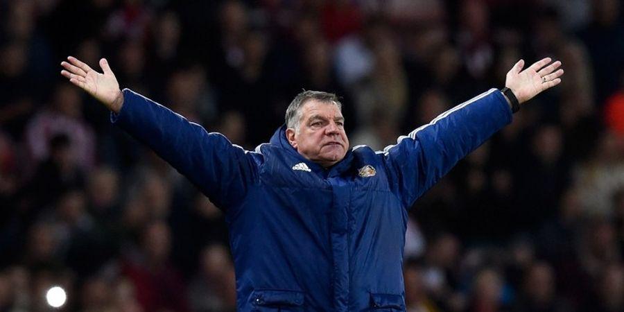 Shearer: Hormati Allardyce atau Ditendang dari Skuat Inggris