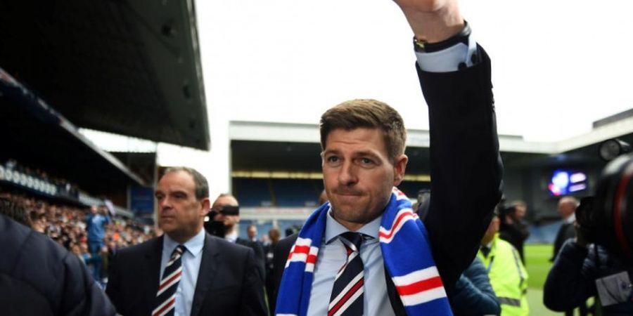 Eks Striker Timnas Inggris Siap Bereuni dengan Steven Gerrard di Rangers