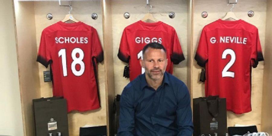 Jangan Khawatir Gary Neville, Kini Manchester United Punya Bek Kanan Tangguh