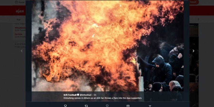 Liga Champions - Pelemparan Bom Molotov Warnai Laga AEK Athens Vs Ajax Amsterdam