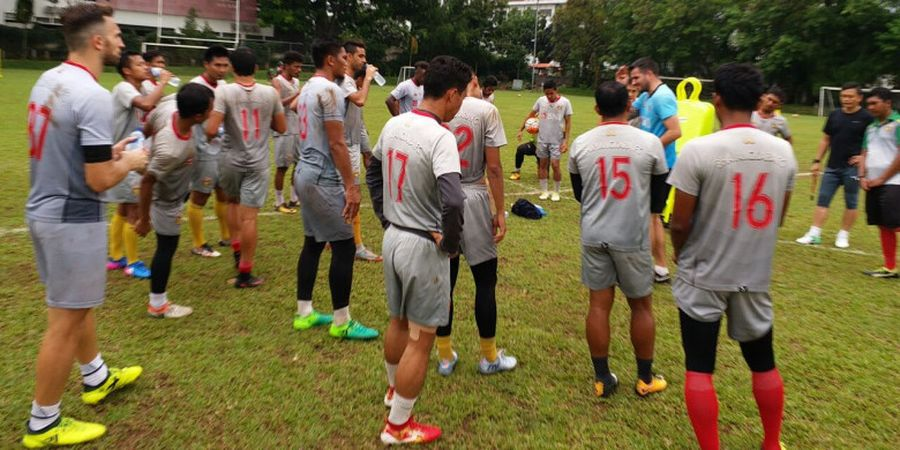 Bhayangkara FC Khawatirkan Pemain Berambut Pirang Milik Persela