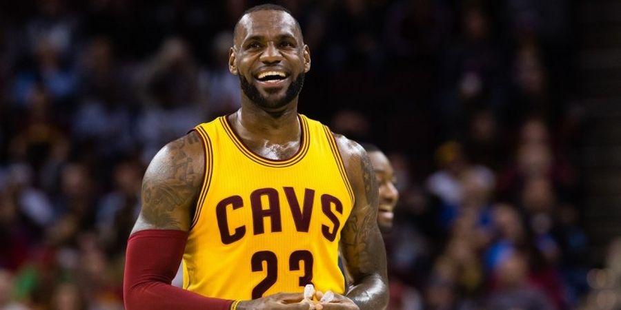 Triple-Double James Antar Cavaliers Menangi Laga Sengit Lawan Pacers