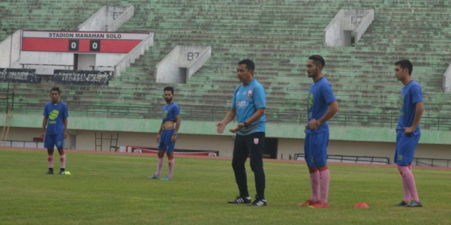 Pelatih Persis Solo Tak Angkut Tiga Bekas Pemain PSPS Saat Bertanding di Pekanbaru