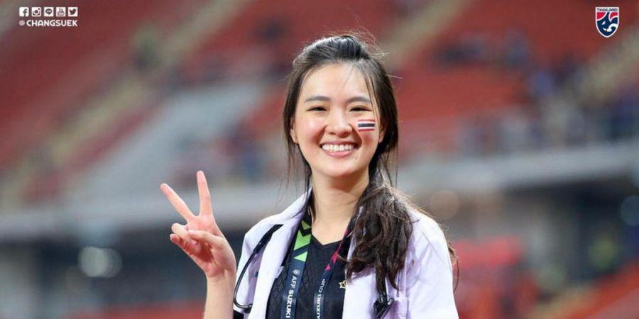 Mengenal Sirin Triwutpipatkul, Dokter Tim Thailand yang Curi Perhatian Saat Gelaran Piala AFF 2018