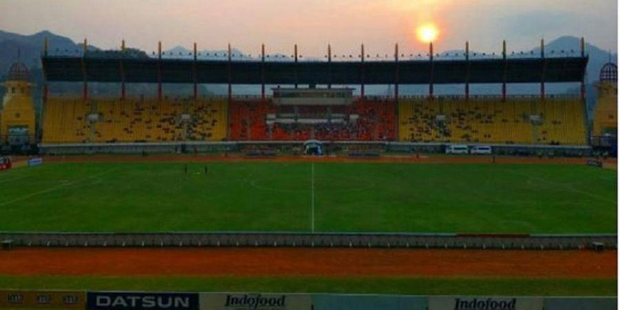 Umuh Muchtar Beri Sinyal Persib Bakal Terus Berkandang di Stadion Si Jalak Harupat