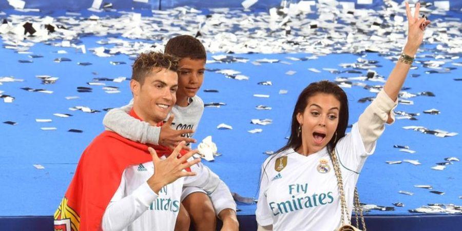 Berteriak di Acara Pengahargaan, Pacar Cristiano Ronaldo Minta Maaf